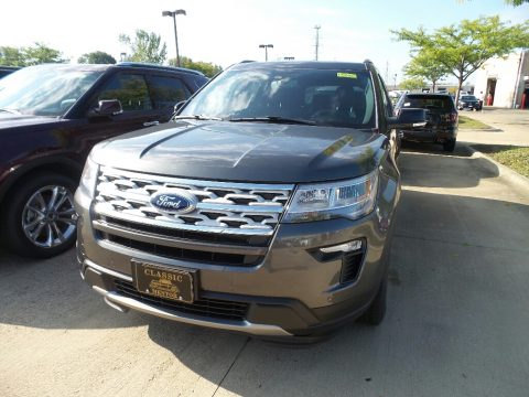 Magnetic Metallic Ford Explorer XLT 4WD.  Click to enlarge.