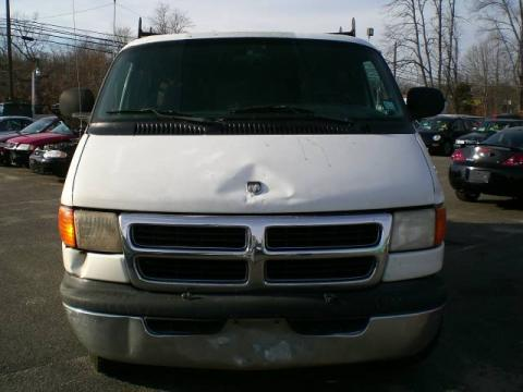White Dodge Ram Van 3500 Extended.  Click to enlarge.