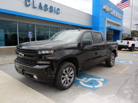 Black Chevrolet Silverado 1500 RST Crew Cab 4WD.  Click to enlarge.