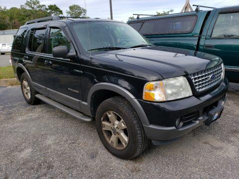 Black Ford Explorer XLT 4x4.  Click to enlarge.