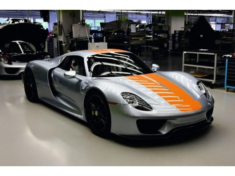 Liquid Metal Chrome Blue Porsche 918 Spyder with Weissach Package.  Click to enlarge.