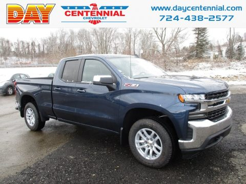 Northsky Blue Metallic Chevrolet Silverado 1500 LT Z71 Double Cab 4WD.  Click to enlarge.