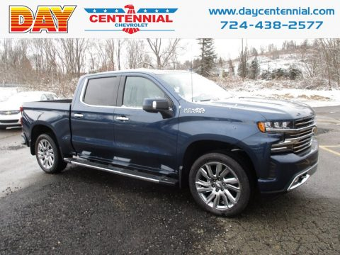 Northsky Blue Metallic Chevrolet Silverado 1500 High Country Crew Cab 4WD.  Click to enlarge.