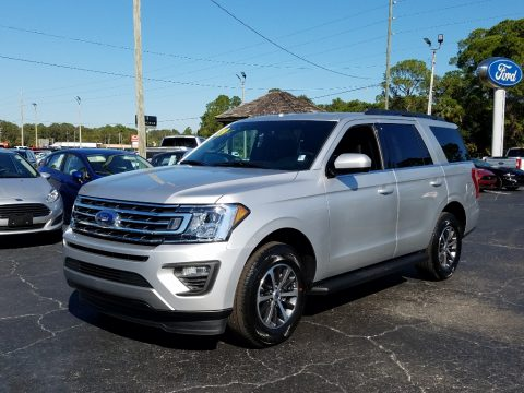 Ingot Silver Metallic Ford Expedition XLT.  Click to enlarge.