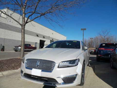 Ceramic Pearl Lincoln MKZ Reserve II.  Click to enlarge.