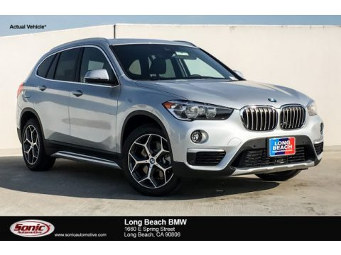 Glacier Silver Metallic BMW X1 sDrive28i.  Click to enlarge.