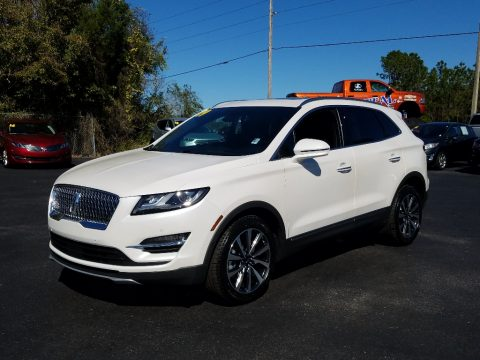 White Platinum Lincoln MKC Reserve.  Click to enlarge.