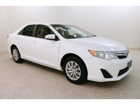 Super White Toyota Camry LE.  Click to enlarge.
