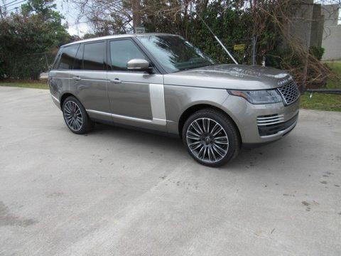 Silicon Silver Metallic Land Rover Range Rover Autobiography.  Click to enlarge.