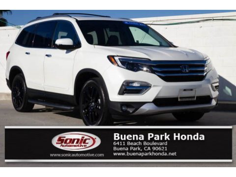 White Diamond Pearl Honda Pilot Elite AWD.  Click to enlarge.