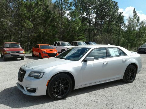 Silver Mist Chrysler 300 S.  Click to enlarge.