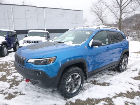 Hydro Blue Pearl Jeep Cherokee Trailhawk 4x4.  Click to enlarge.