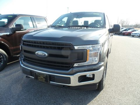 Magnetic Ford F150 XLT Regular Cab 4x4.  Click to enlarge.