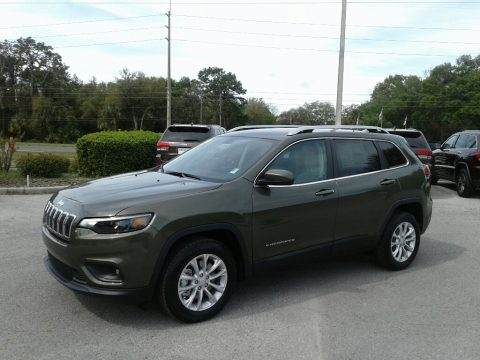 Olive Green Pearl Jeep Cherokee Latitude.  Click to enlarge.