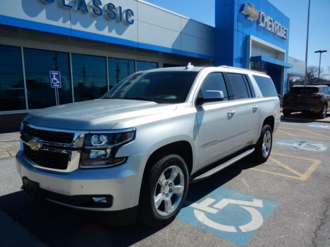 Silver Ice Metallic Chevrolet Suburban LT 4WD.  Click to enlarge.