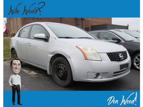 Brilliant Silver Nissan Sentra 2.0 S.  Click to enlarge.