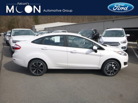 Oxford White Ford Fiesta SE Sedan.  Click to enlarge.