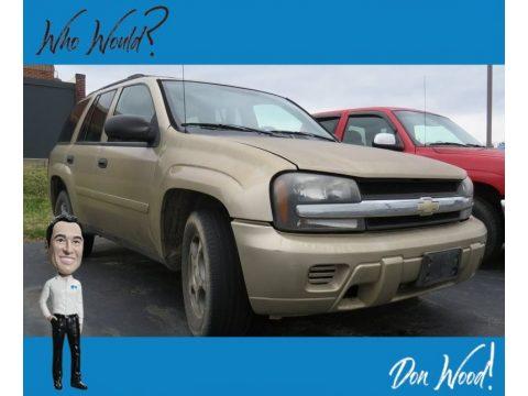 Sandstone Metallic Chevrolet TrailBlazer LS 4x4.  Click to enlarge.