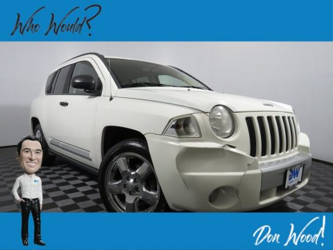 Stone White Jeep Compass Limited 4x4.  Click to enlarge.