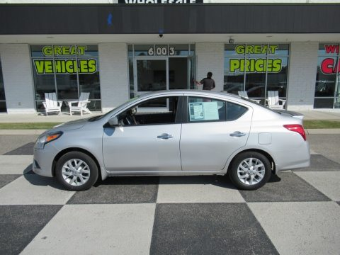 Brilliant Silver Metallic Nissan Versa SV Special Edition.  Click to enlarge.