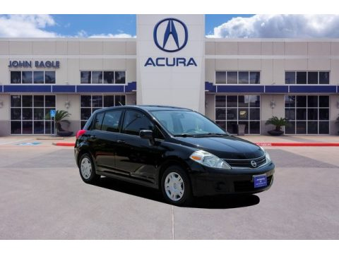 Magnetic Gray Metallic Nissan Versa 1.8 S Hatchback.  Click to enlarge.