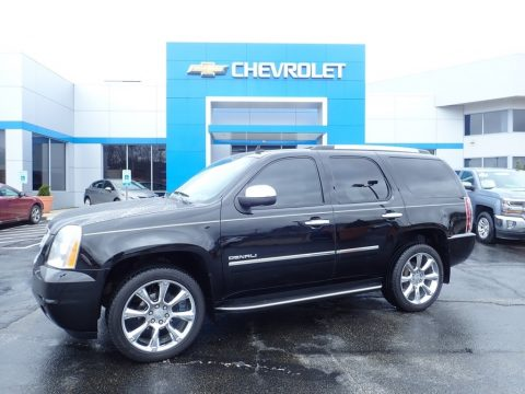 Onyx Black GMC Yukon Denali AWD.  Click to enlarge.