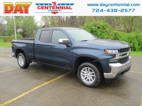 Northsky Blue Metallic Chevrolet Silverado 1500 LT Double Cab 4WD.  Click to enlarge.