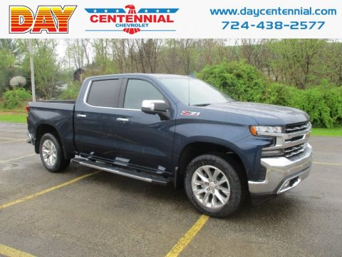 Deep Ocean Blue Metallic Chevrolet Silverado 1500 LTZ Crew Cab 4WD.  Click to enlarge.