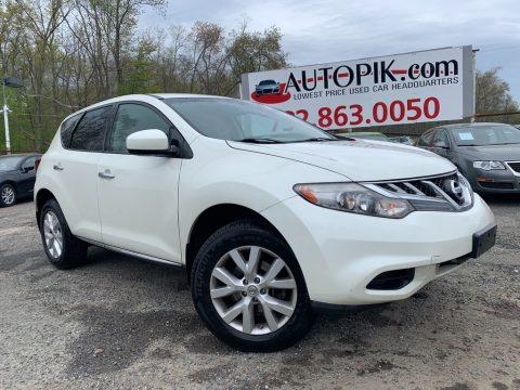 Glacier White Pearl Nissan Murano S AWD.  Click to enlarge.