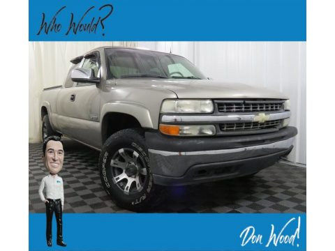 Medium Charcoal Gray Metallic Chevrolet Silverado 1500 LT Extended Cab 4x4.  Click to enlarge.