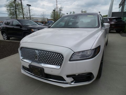 White Platinum Metallic Tri-Coat Lincoln Continental Select AWD.  Click to enlarge.