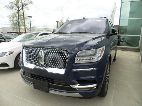 Rhapsody Blue Lincoln Navigator Reserve 4x4.  Click to enlarge.