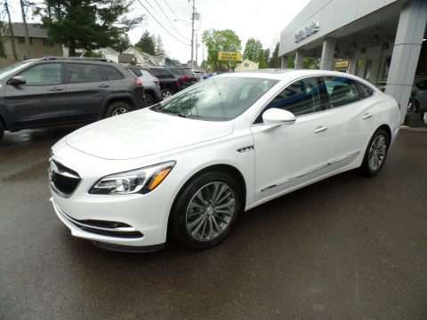 White Frost Tricoat Buick LaCrosse Essence AWD.  Click to enlarge.