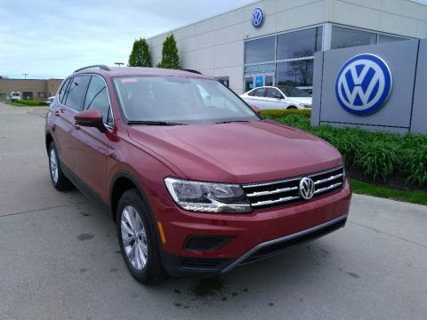 Cardinal Red Metallic Volkswagen Tiguan SE 4MOTION.  Click to enlarge.