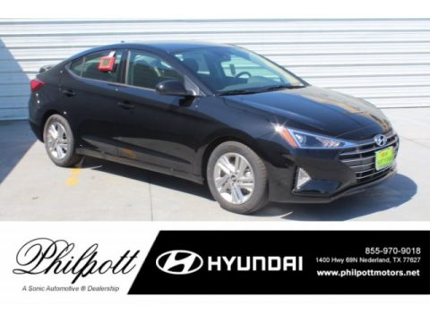 Phantom Black Hyundai Elantra SEL.  Click to enlarge.