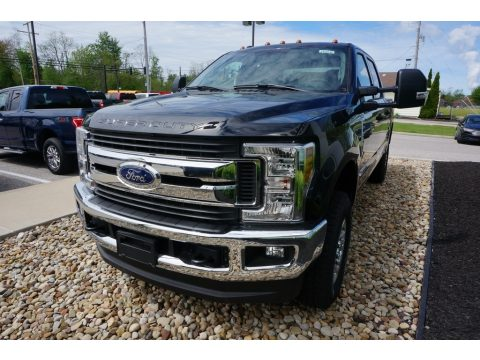 Agate Black Ford F250 Super Duty XLT Crew Cab 4x4.  Click to enlarge.