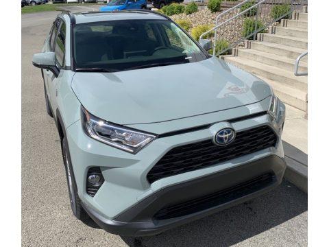 Toyota RAV4 XLE AWD Hybrid