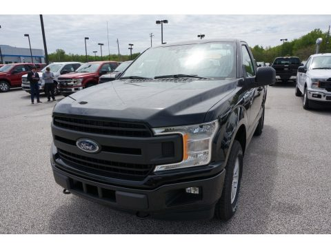 Agate Black Ford F150 XL Regular Cab 4x4.  Click to enlarge.