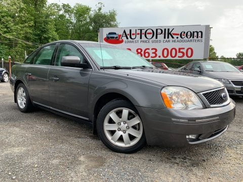 Dark Shadow Grey Metallic Ford Five Hundred SEL.  Click to enlarge.