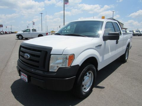 Oxford White Ford F150 XL SuperCab 4x4.  Click to enlarge.