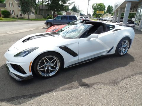 Arctic White Chevrolet Corvette ZR1 Coupe.  Click to enlarge.