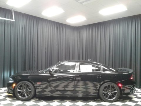Pitch Black Dodge Charger R/T Scat Pack.  Click to enlarge.