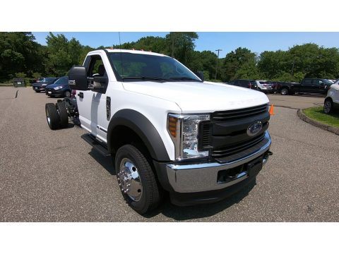 Ford F550 Super Duty XL Regular Cab 4x4 Chassis