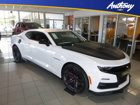 Summit White Chevrolet Camaro SS Coupe.  Click to enlarge.
