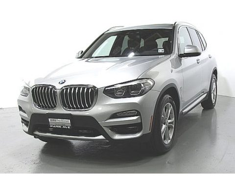 Glacier Silver Metallic BMW X3 xDrive30i.  Click to enlarge.