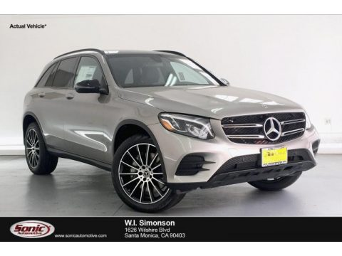 Mojave Silver Metallic Mercedes-Benz GLC 300.  Click to enlarge.