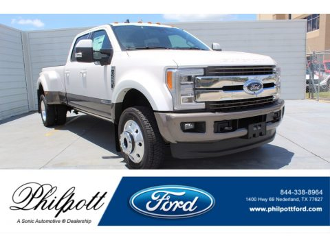 White Platinum Metallic Tri-Coat Ford F450 Super Duty King Ranch Crew Cab 4x4.  Click to enlarge.