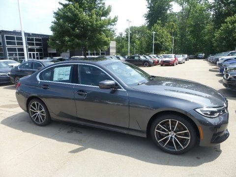 Mineral Gray Metallic BMW 3 Series 330i xDrive Sedan.  Click to enlarge.