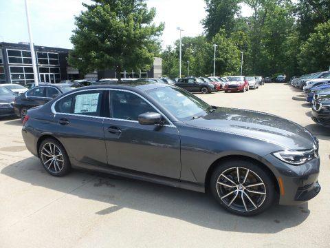 Mineral Gray Metallic BMW 3 Series 330i xDrive Sedan.  Click to enlarge.