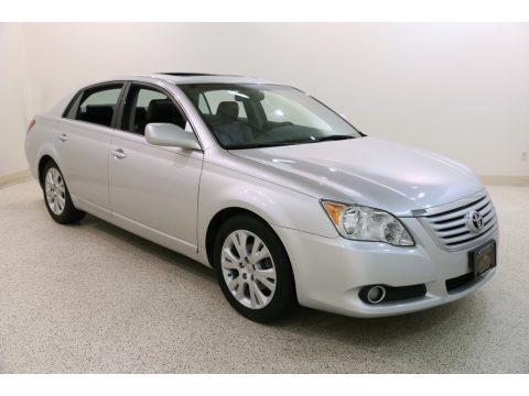 Classic Silver Metallic Toyota Avalon XL.  Click to enlarge.